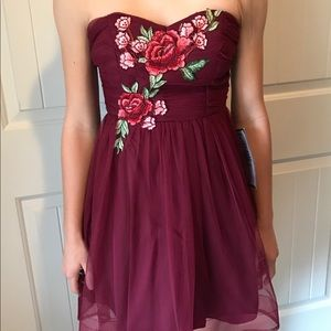 Party dress size 1/2 burgundy